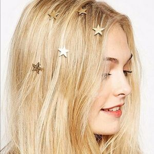 Accessories - Gold Star Shaped Hair Clips